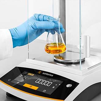 Laborwaagen verschiedener Hersteller bei waagen-mieten-kaufen.de verfügbar.